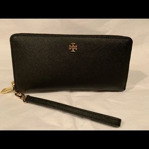 💯Auth Tory Burch Zip Continental Wallet in Black